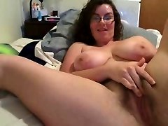 massive tits and glasses webcam