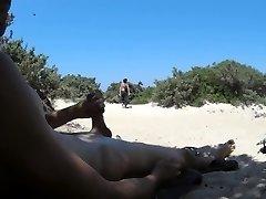 una tranquilla giornata da segaiolo sulle spiagge di antiparos