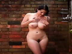 Beauty sexy babeTakes A Bathroom - PORNCAMLIFE COM