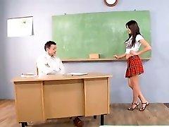 Student Nestašan Ljepote...Ф70