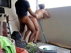 Desi jauna pora, kurių hoteest lyties balkonas