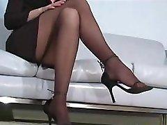 Office mega-slut Faith Leon in stockings