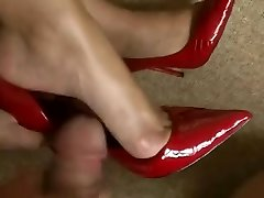 feet wank, shoejob in hawt red high high-heeled shoes