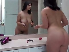brutha and sis share the bathroom