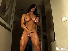 Aziani Steel Angela Salvagno gal bodybuilder receive in nature's outfit