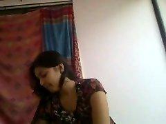 Super cute and kinky desi indian girlfriend