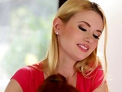 Ginger-haired MILF queening teen masseuse