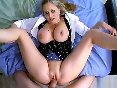 Huge boobs towheaded doctor deeply banged by her patient