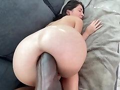 Extraordinary anal queen.