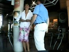 Amateur hottie torn up outdoor in public