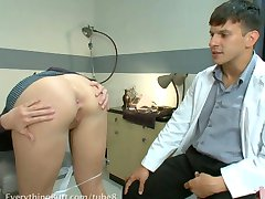 Anal Bleaching with Tricia Oaks
