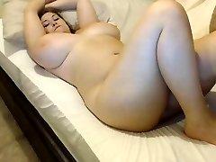 busty girl  3