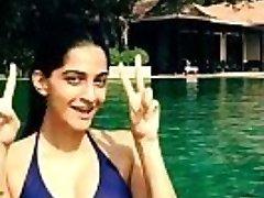 sonam kapoor bikini in the pool-boobsnice.blogspot.com