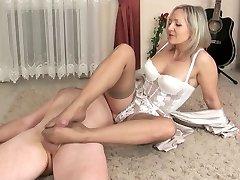 Sexy Mature Footjob!!!!!!!