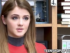 Inked teenie Rosalyn Sphinx boned before office facial