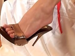 foot dreams with mya diamond and red-hot friend