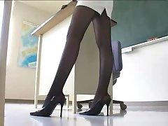 Sexy Japanese Teacher in Miniskirt Pantyhose