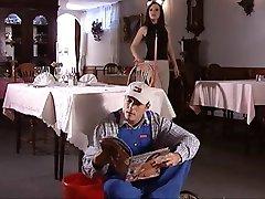 Service En Chambre...(Film Complet ) F70 De Nikon