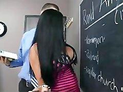 Busty črna šolarka, Audrey Bitoni jebe učitelj je velik kurac