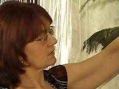 Babica Čistilka v Nogavice Dobi Prišlo na svoje Očala