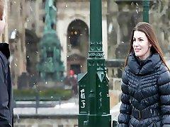 Češka lepotica strastno jebe njen teen