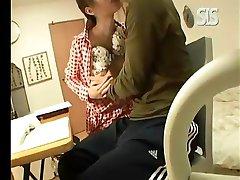 azijskih Učiteljev čar lepote je počil mleka blowjob