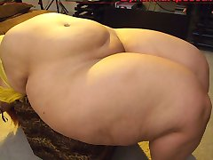 Best pear shaped BBW ever (slide show)