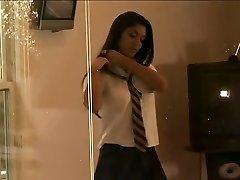 Lea Jaye - Hot Desi Koolitüdruk