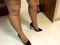 pune pe ciorapi