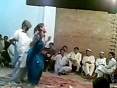 Afghani old dude funny sexy dance with hot shemale Ghazala