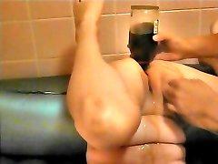 Sisestage brandy pudel anal