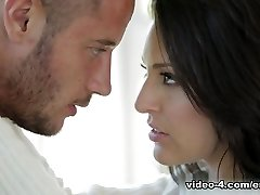 Gracie Glam & Danny Gora v Heartbeats Video