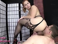 Female Dom PISS HUMILIATION - 720P