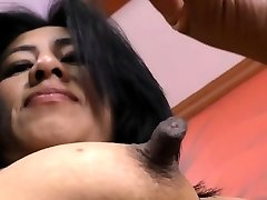 Latina milf Veronica plays with her 1 inch nips