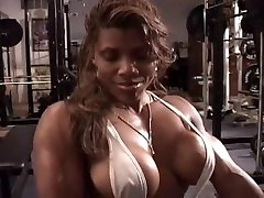 Uber-sexy ebony workout