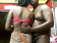 Jaw-dropping Indian mature lady fuck by an assho**(CHUTI**)