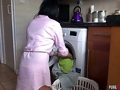 Magnificent housewife Jess Scotland is sucking roommate's jizz-shotgun and ravages him like nobody else before