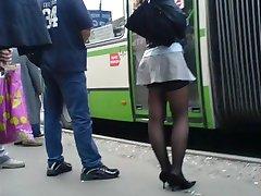 fete reale, din viața reală ciorapi în stradă