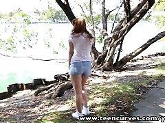 TeenCurves ukrivljenih rit črna spanked banged in facialized