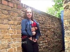 Ulakas briti babe Ashley Ratturid väljas vilgub ja publ
