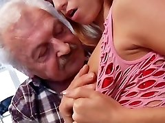 Sex lover grandpa Gustavo screwing young pussy in porn audition