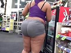Thick ghetto chick with a big chunky booty