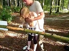 Hot Exhib Teen Drilled in a Public Park
