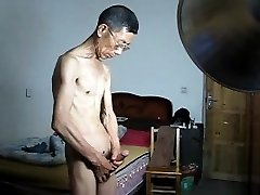 Asian Slim Daddy Wank