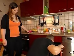Hausfrau Ficken - Older German BBW housewife gets cum in face hole in hot sex session