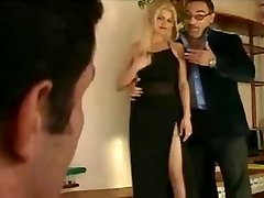 Papa - Nice blonde gets double penetrated