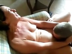 Cuckolding her Stud - Getting her Gash Eaten