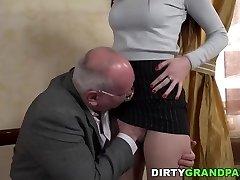 Senior prof seduces younger student Anya Krey
