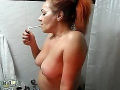 RED HEAD Milf MAKES UP