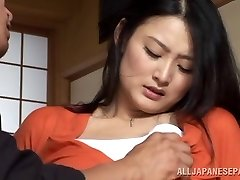 Housewife Risa Murakami toy screwed and gives a oral-job
